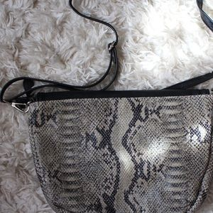 Bags - FAKE SNAKE SKIN CROSSBODY PURSE